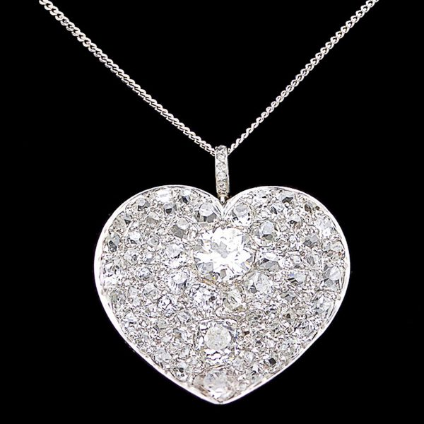 Diamond Heart shaped pendant 9.5cts