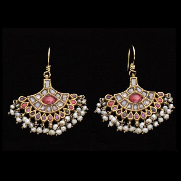 Exotic fan shaped Indian gold ear pendants