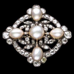 Superb Victorian diamond and natural pearl set brooch