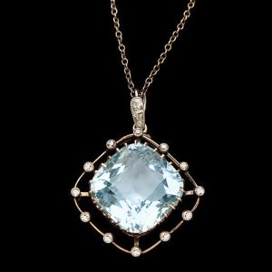 Edwardian aquamarine and diamond pendant