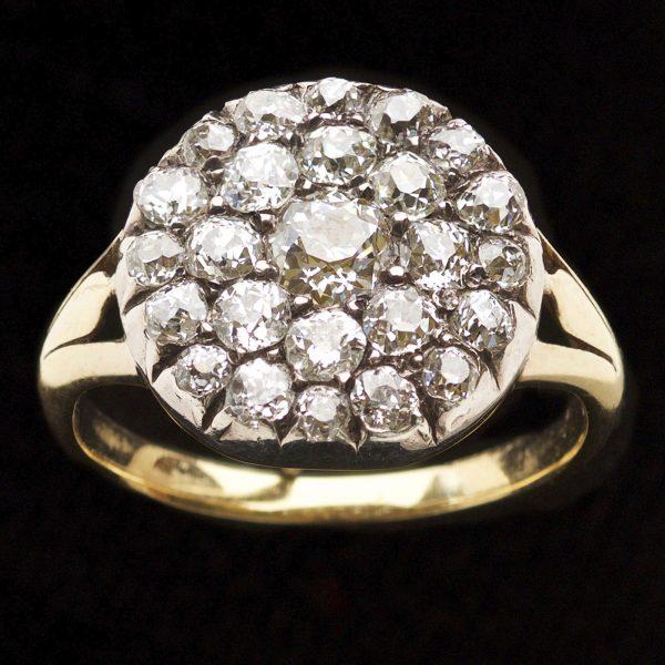 Georgian circular multi stone diamond ring. 18ct yellow gold mount c.1830
