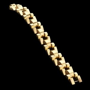 Tank link bracelet in 18ct rose gold 44.4 gm. c.1940's