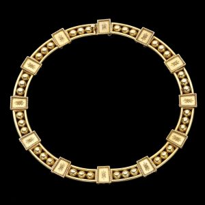 Victorian 18ct gold 'Archaeological Style' collar c.1880