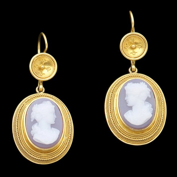 Victorian 18ct gold earrings set with sardonyx cameos carved with neo classical busts