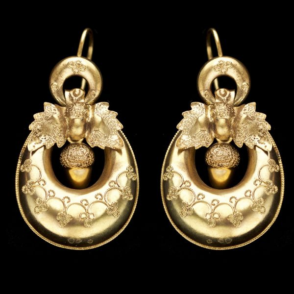 Victorian 18ct gold crescent shaped earrings with design of acorns and oak leaves
