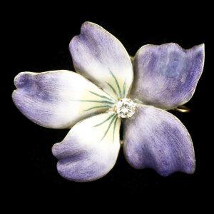 Art Nouveau 18ct gold and lilac enamel flower brooch/pendant, the centre set with a diamond